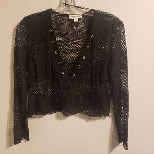 NWOT Size S Black Lace Cropped Blouse
